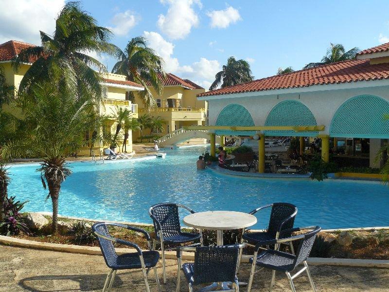Accommodaties van de familiereis cuba - Klein natuurlijk zwembad ...